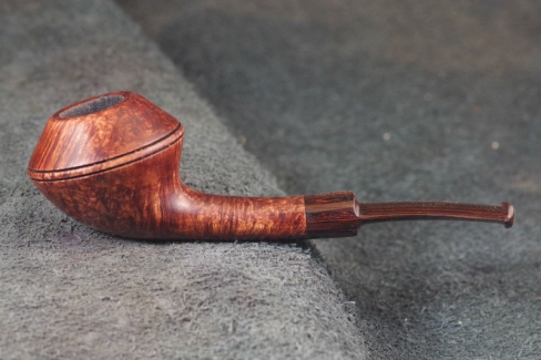 Pipe Pierre Morel BULL SADDLE CUMBERLAND
